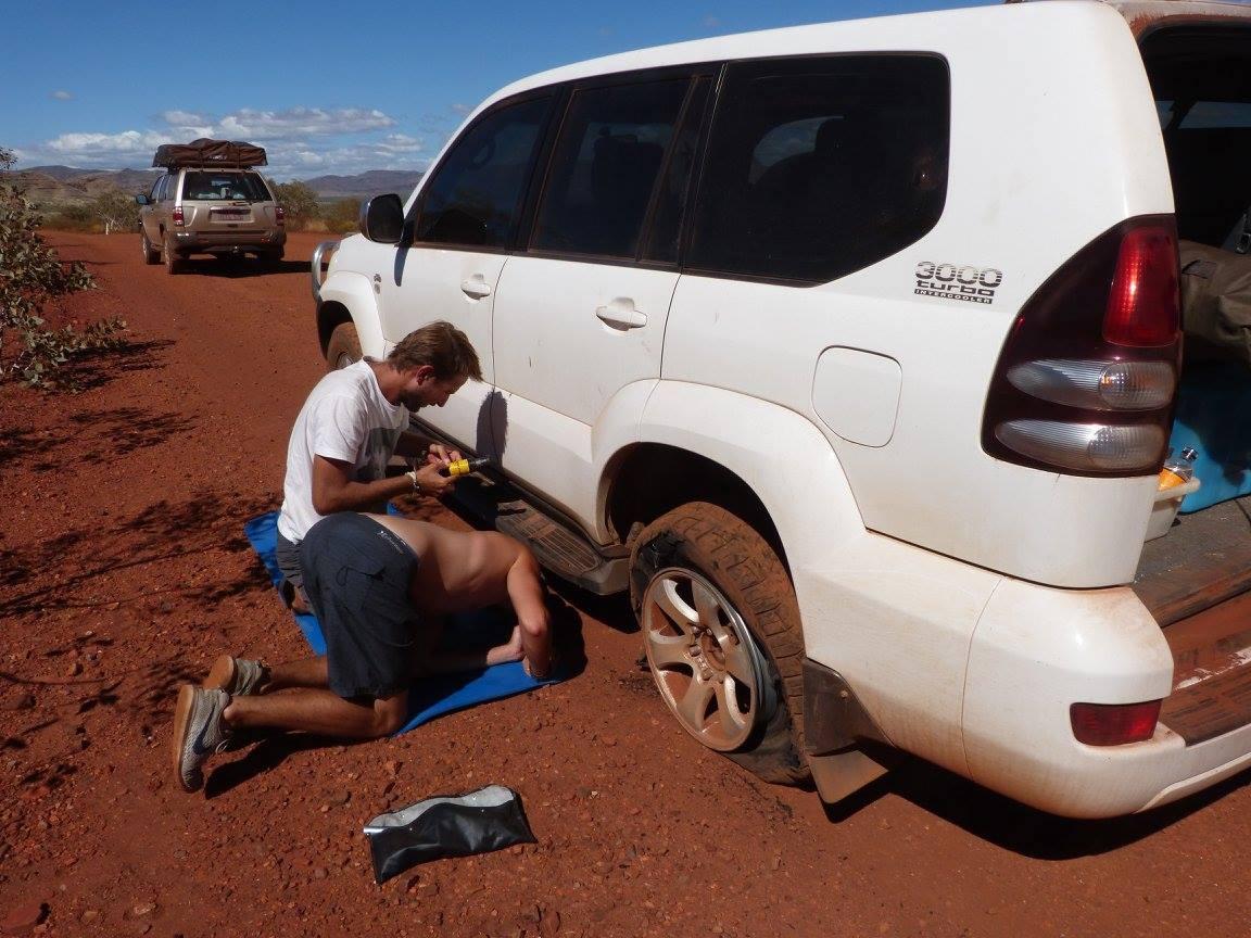 changer-roue-karijini-australie