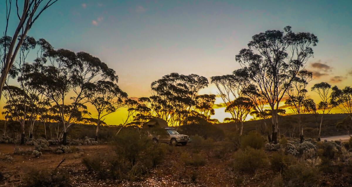 camping norseman nullarbor road australie