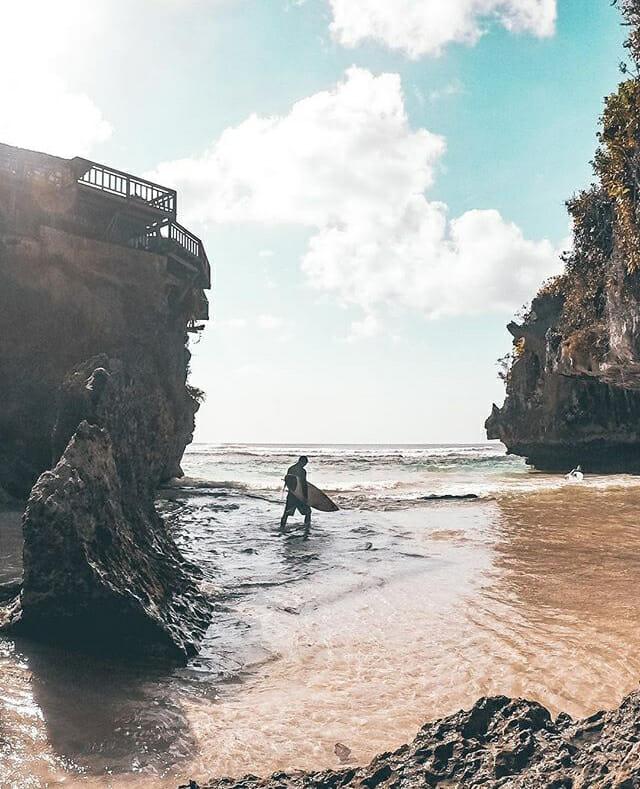 que faire a uluwatu suluban beach
