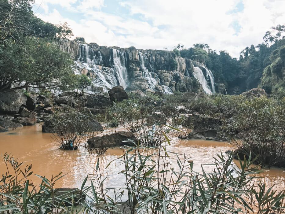 dalat vietnam pongour falls_