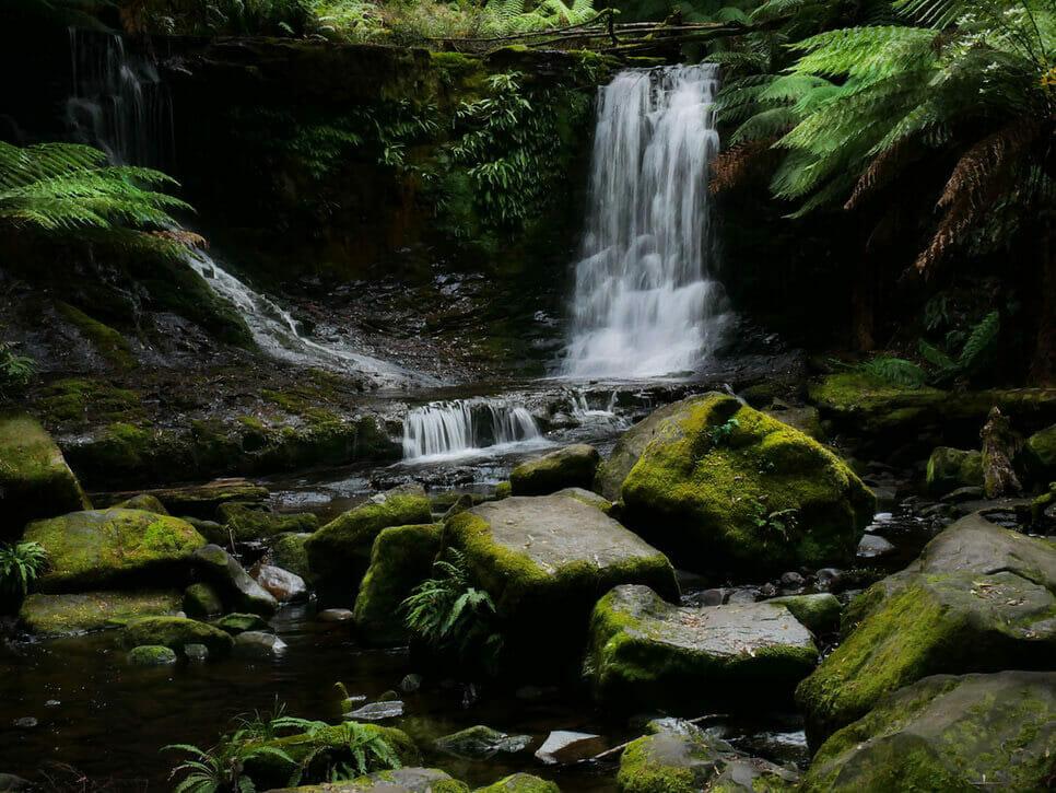 roadtrip tasmanie cascade